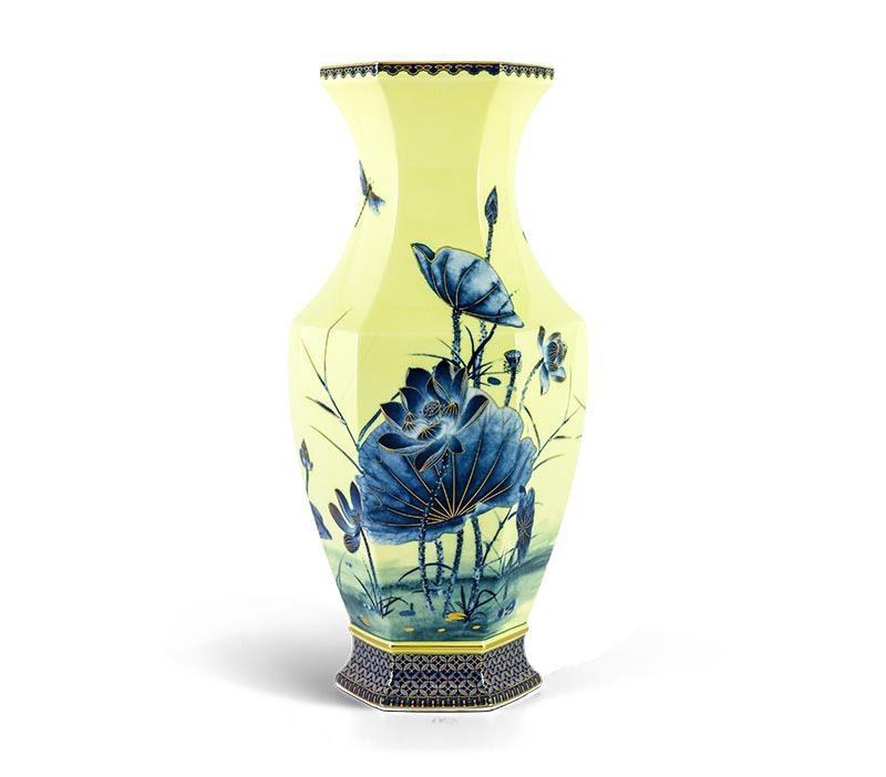 Bình hoa Minh Long Lộc Phát – Sen Vàng Nền Vàng – Cao 40cm