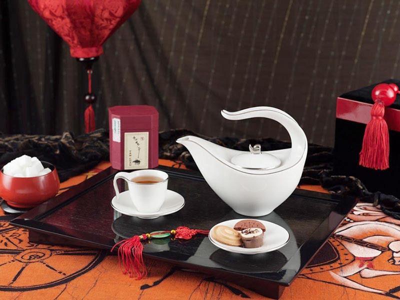 Bộ trà Minh Long Anh Vũ Chỉ Bạch Kim 0.45L