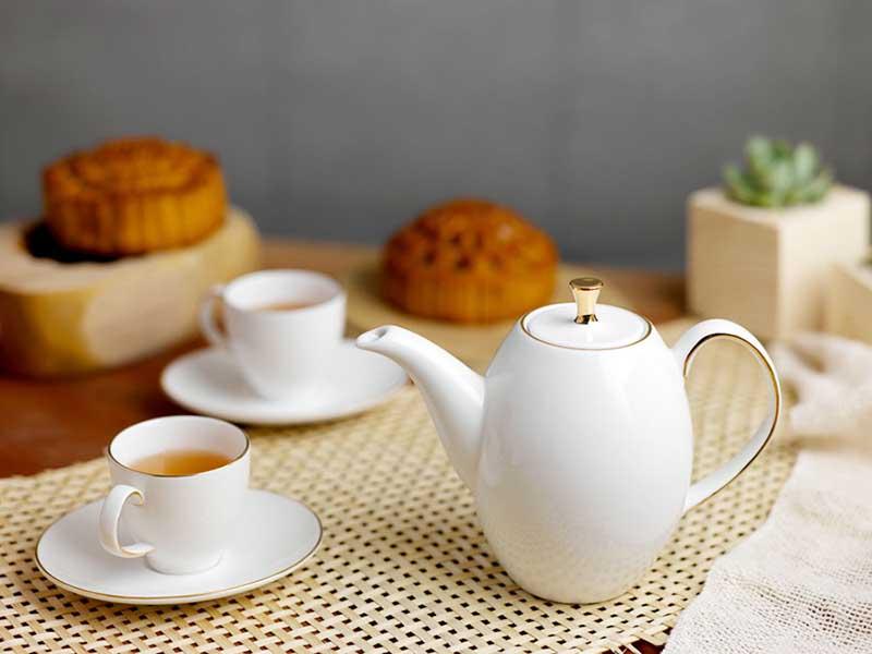 Bộ trà Minh Long Anna Cao Chỉ Vàng 0.47L