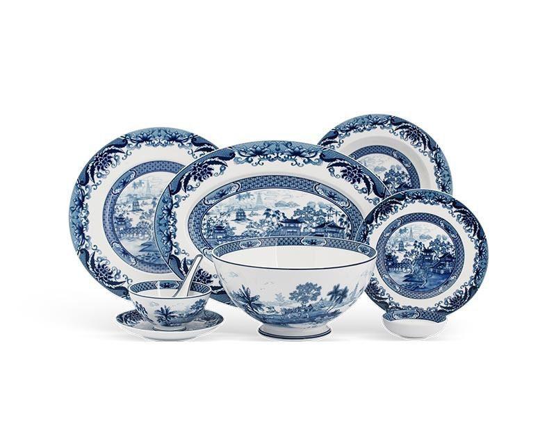 Bộ bàn ăn Minh Long Âu-Á Hoàng Cung Hồn Việt – 44 sản phẩm
