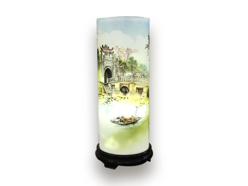 Đèn Xông Tinh Dầu Bát Tràng Dáng Ống – Cảnh Chùa -H42cm