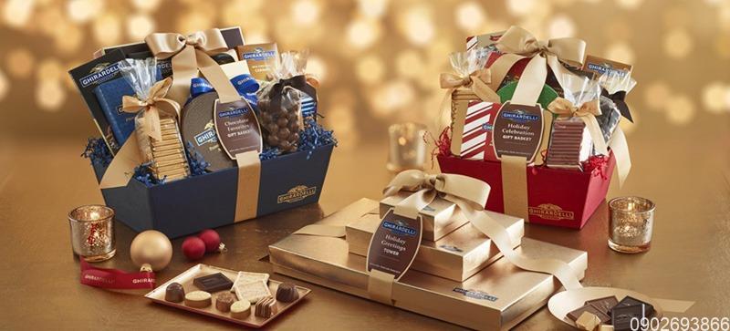 Quà tặng đối tác | Tặng quà gì cho đối tác nước ngoài?