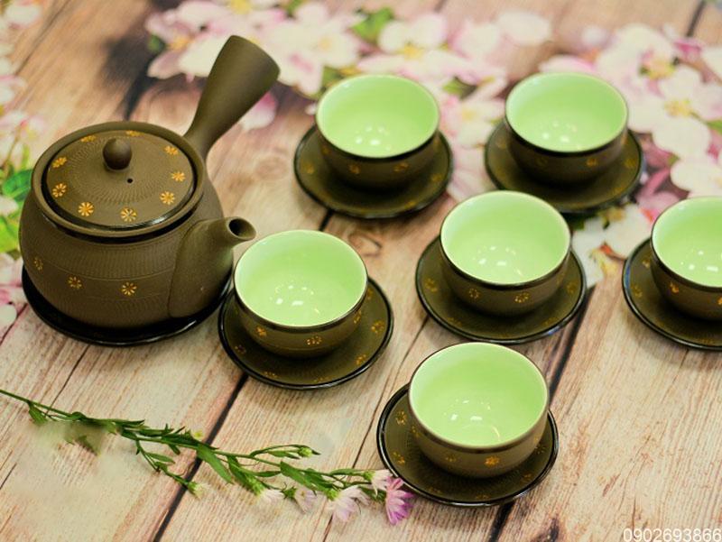 Bộ ấm trà Bát Tràng sao vàng