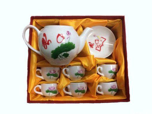 Bộ ấm chén trà Bát Tràng mừng ngày 20-11