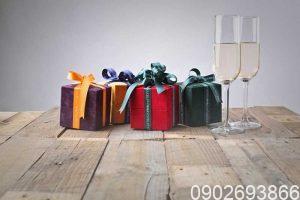 quà tặng khách hàng vip, quà tặng tri ân khách hàng, quà tặng khách hàng cuối năm, quà tặng khách hàng độc đáo