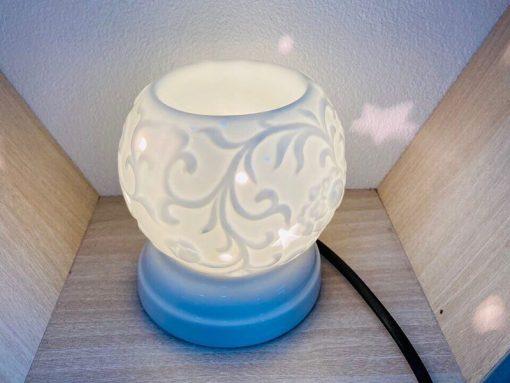 Đèn Xông Tinh Dầu Mắt Ngọc Tam Giác Nổi Hoa Giây