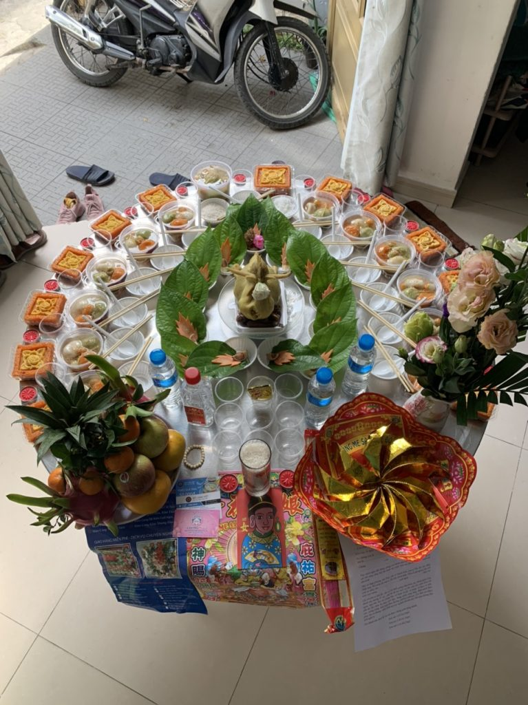 Hướng Dẫn Chuẩn Bị Lễ Cúng Đầy Tháng Miền Trung Cho Bé Trai và Bé Gái