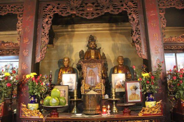 Bốc bát hương chùa nào tốt để thu được nhiều tài lộc nhất?